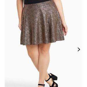 Torrid gold metallic skater skirt with pockets!